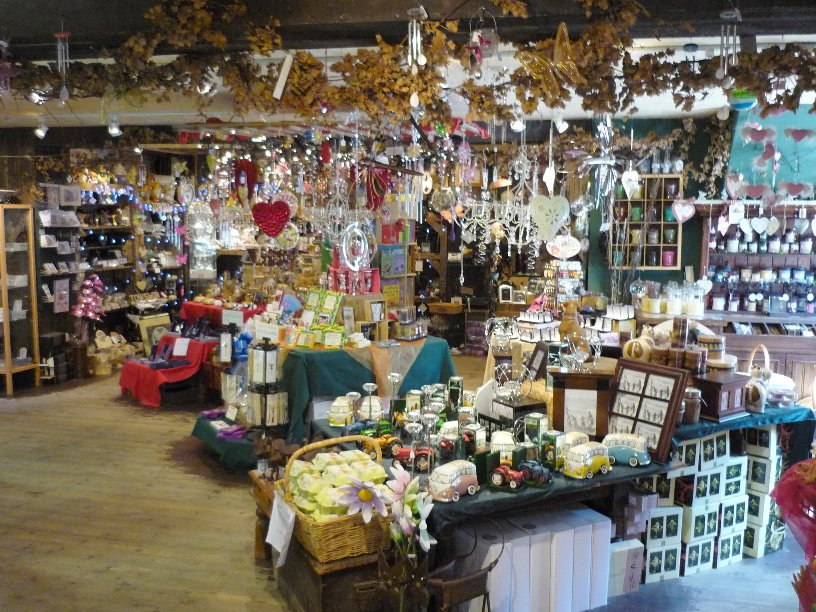 Gift shop at the barn picture to pin on pinterest pinsdaddy for Garten shop