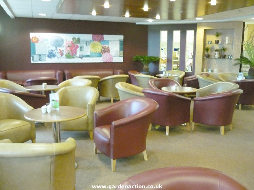 We Review The Cafe At Dobbies Shepton Mallet