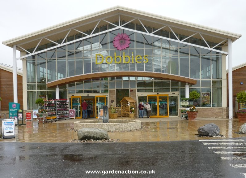 Dobbies garden centre stirling for Garden centre