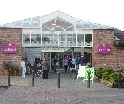 Entrance to Woodford Park Garden Centre
