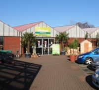 Entrance to Woodlands Garden Centre Leicestershire