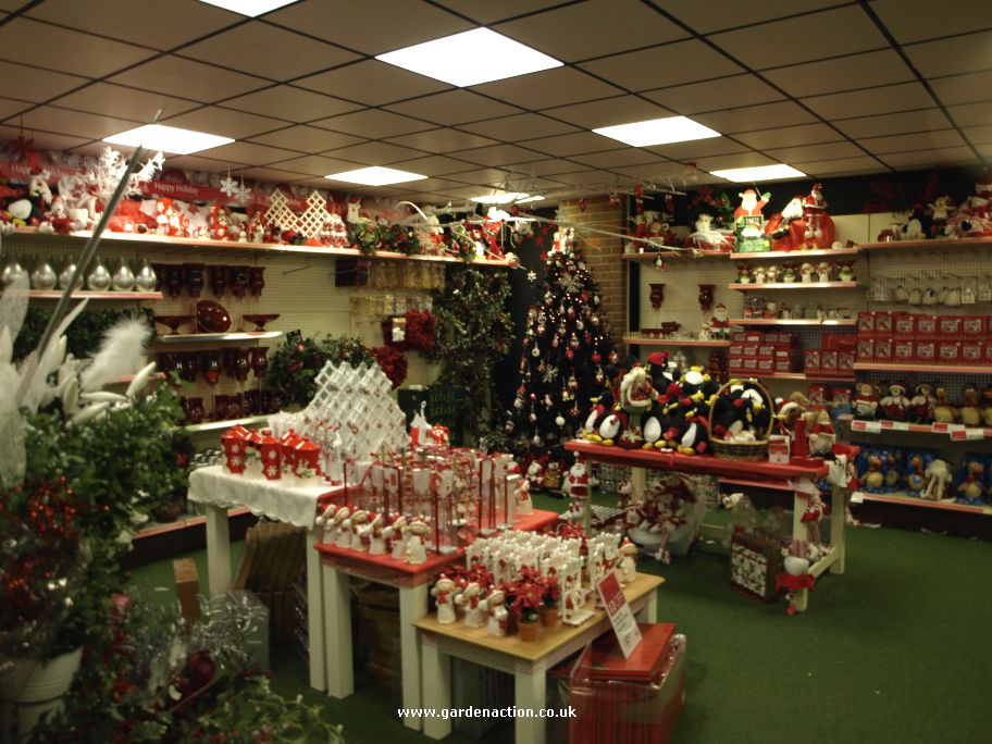 Christmas shopping and santas grotto at Worlds End Garden Centre
